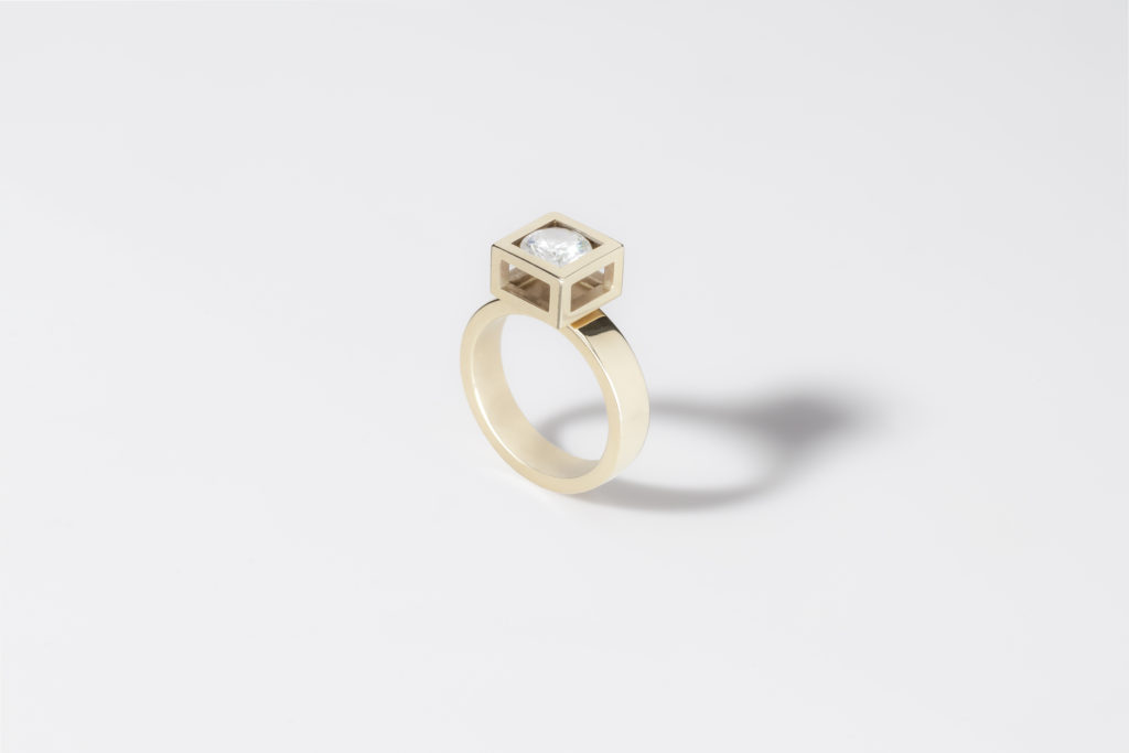 Yellow gold ring, 18KT with 1,0CT diamond - Don't Worry