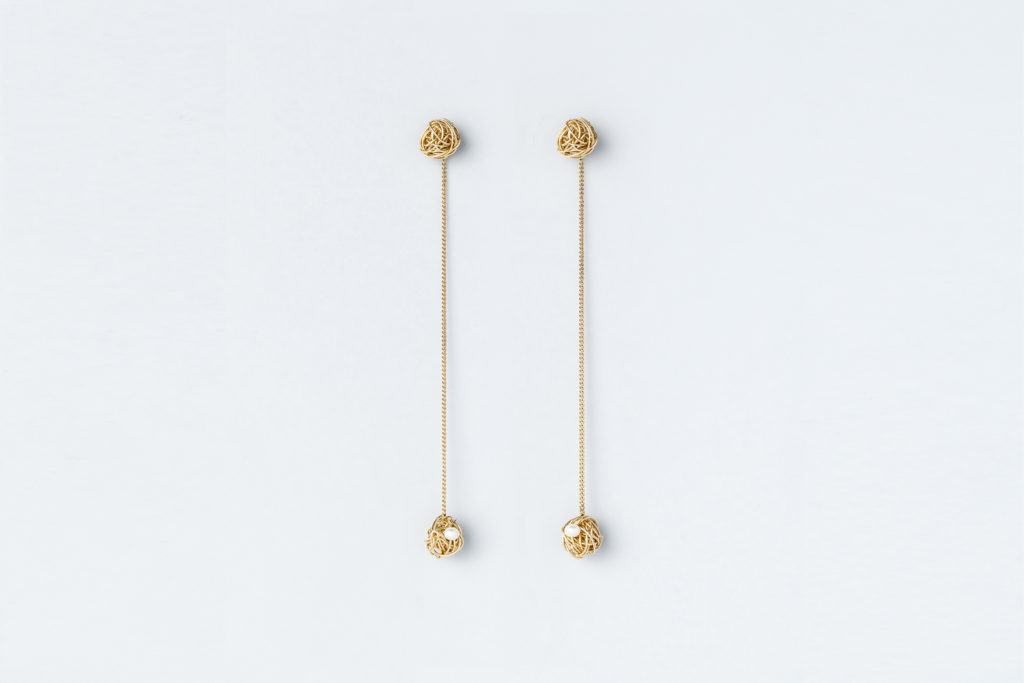 Hanging Earrings In 18kt Yellow Gold With Freshwater Pearls Due Gomitoli