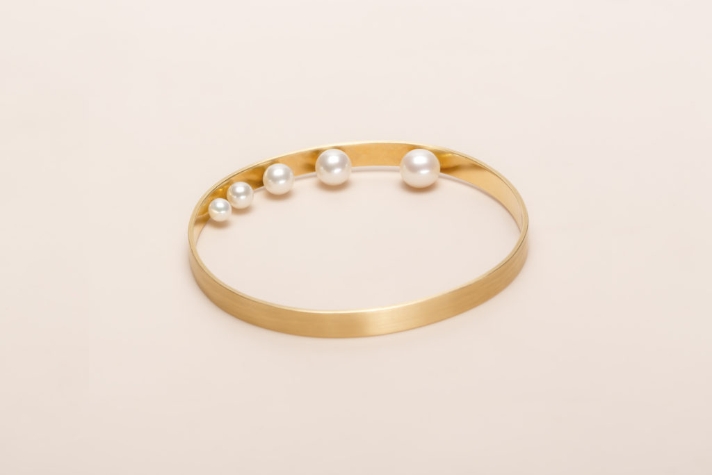 Akoya Pearls bracelet in 18KT yellow gold (pearls diameter 3,9-5,5-6-7-7,8 MM) - Light B