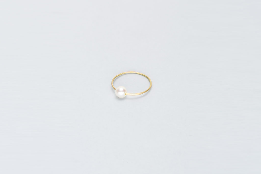 18KT thin yellow gold ring with akoya pearl (diameter 4,8 MM) - Toi Perla