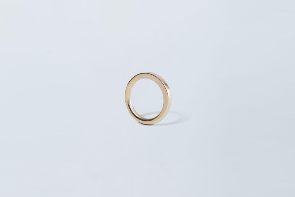 Fede nuziale in oro bianco 18KT - Morphing