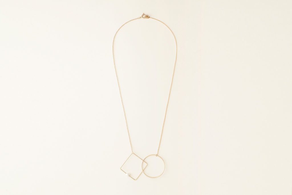18KT yellow gold necklace with geometric elements and akoya pearl (diameter 4,5MM) - Cerchio Quadrato N