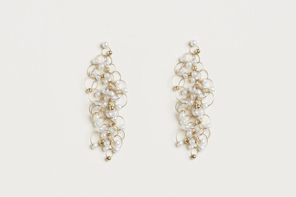 18KT yellow gold earrings with freshwater pearls – Infinito E